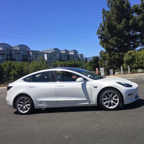 tesla model 3 gray tesla model 3 midnight grey spotted near tesla hq