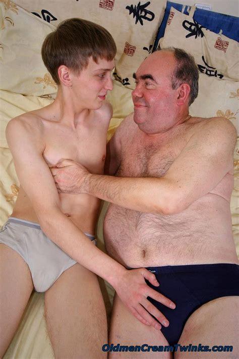 Gay dad twink galleries
