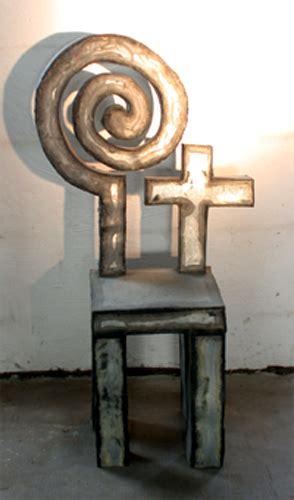 heiliger stuhl stuhlskulptur heiliger stuhl