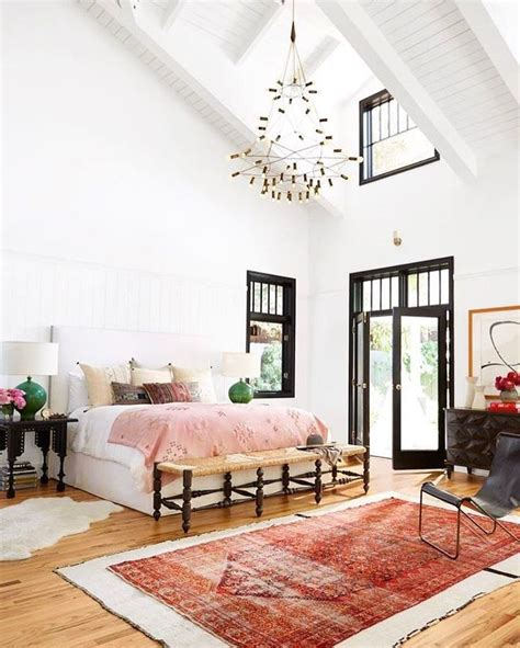 vaulted ceiling bedroom best 25 high ceilings ideas on pinterest high ceiling