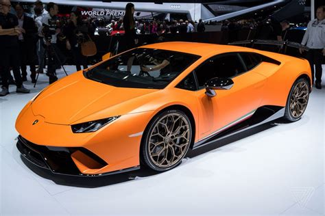 Lamborghini Huracan Orange Lamborghini S Hurac 225 N Performante Looks Like A In