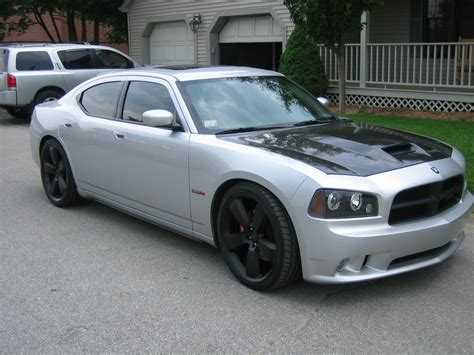 custom silver dodge charger charger srt8 w dayton front lip pics dodge charger forum