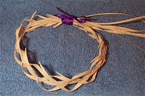 craft crown of thorns c s home page craft page 1 palm weaving crown of thorns