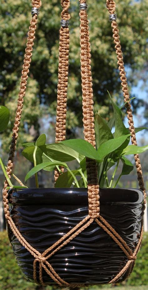 Macrame Patterns Plant Hangers - 1000 ideas about macrame plant hangers on