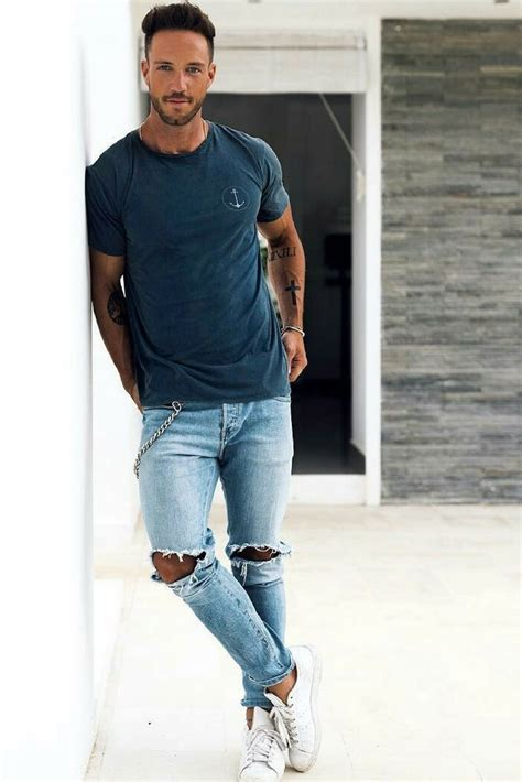 best clothing style for men 9 everyday mens street style looks to help you look sharp