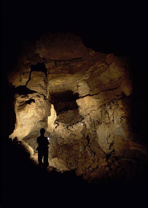 busmans holiday dudley caving club ogof cnwc llangattock escarpment