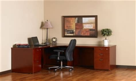small executive desk small executive desks 28 images small wood executive