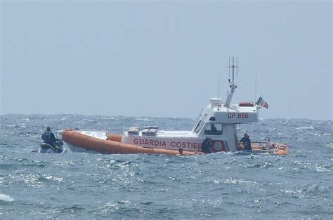 capitaneria di porto salerno costiera amalfitana capitaneria di porto in azione
