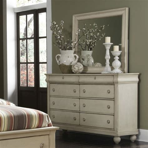 bedroom dressers with mirror best 25 dresser with mirror ideas on white dressers chic bedroom ideas and bedroom