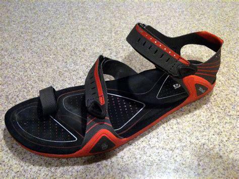 minimalist sandals teva zilch minimalist sandals review feedthehabit