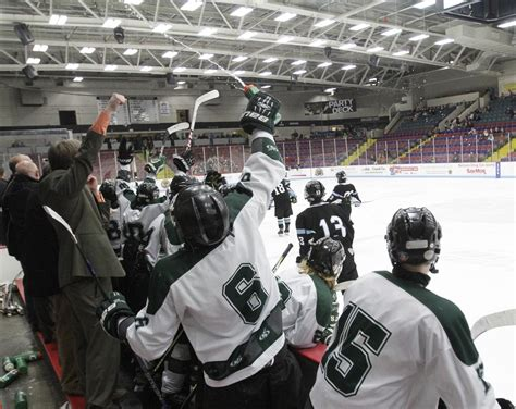 puffer hocker reeths puffer hockey to make home at l c walker arena