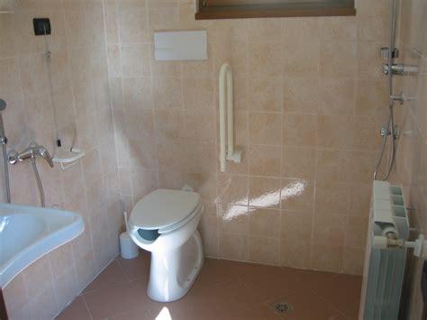 bagno handicappati dimensioni bagno per disabili dimensioni