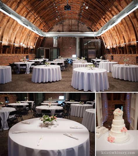 kansas city wedding photographer thompson barn amber
