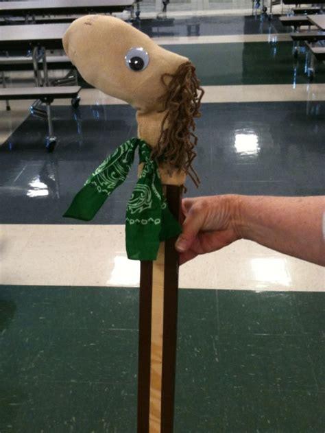 diy stick pony stick or giraffe crafts stick horses horses and sticks