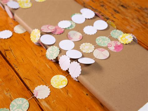 How To Make Paper Bunting Garland - how to sew paper bunting banners how tos diy