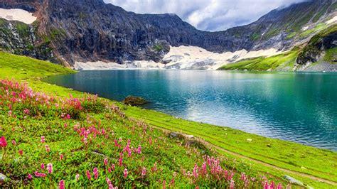 beautiful lake wallpaper  background image