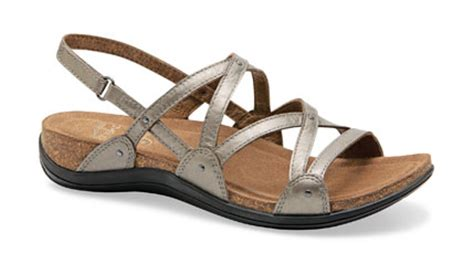 looking for trendy comfortable walking sandals stylish comfort sandals at the walking company