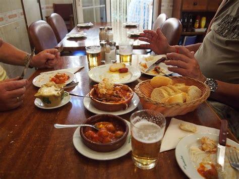 best tapas bars in arenal theke mit den tapas bild restaurante bar andaluz el