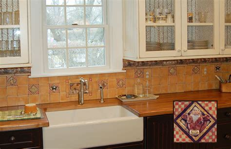 country kitchen tile backsplash