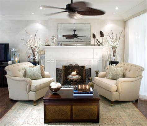 Formal Living Room Wallpaper Al Estilo Jovial Y Divertido De Candice
