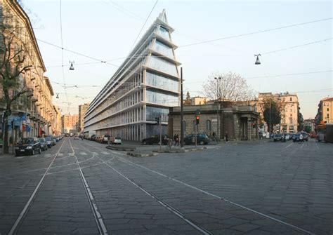 libreria feltrinelli torino porta nuova inaugurazione fondazione feltrinelli fondazione