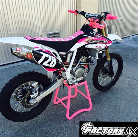 Custom Crf 150r Girls Edition Dirt Bikes Pinterest
