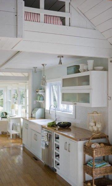 cottage galley kitchen design ideas best 25 small cottage kitchen ideas on