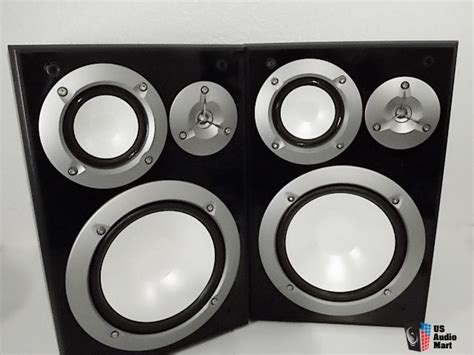 yamaha ns 6490 3 way bookshelf speakers great