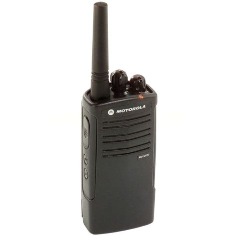 rugged two way radios motorola rdu2020 uhf 2 channel rugged and water resistant on site business two way radio