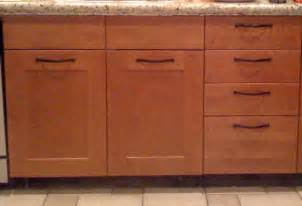 Handles For Kitchen Cabinets And Drawers Should Cabinet Handles Be Installed Vertical Or Horizontal