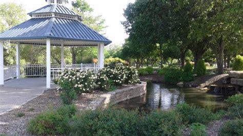 Shawnee Gardens by Newest Gazebo In The Ted Ensley Gardens Picture Of Lake Shawnee Topeka Tripadvisor