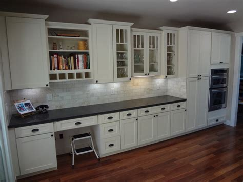 shaker white kitchen cabinets white kitchen cabinets shaker cabinetry cliqstudios