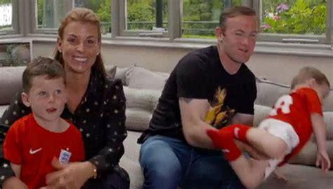 Film Dokumenter Rooney | coleen rooney berbagi kisah soal keluarga cantik tempo co
