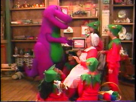 barney and the backyard gang waiting for santa dvd barney the backyard gang barney wiki