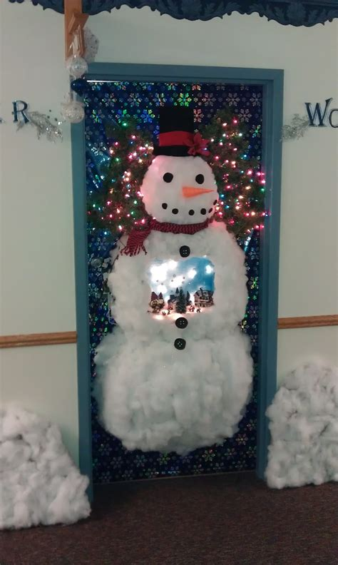 christmas theme decorating contest our door for the 2011 door decorating contest at the lighthouse wonderful ideas