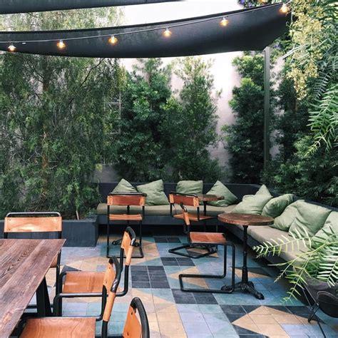 brunch outdoor seating best 25 outdoor cafe ideas on cafe design