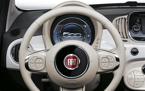 volante fiat 500 lounge fiat 500 cosa cambia con il restyling primo contatto