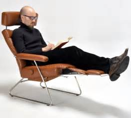 10 reading through chairs to get cozy with your favourite
