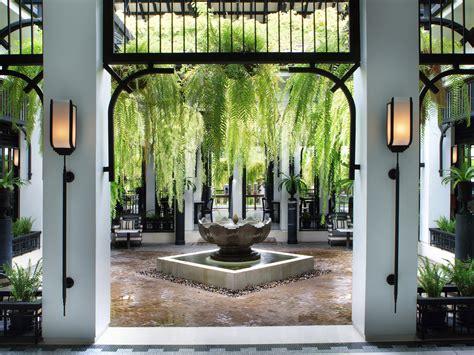 world renowned designer bill bensley on his favorite hotel