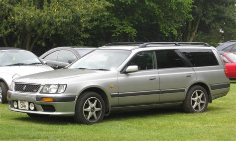 nissan stagea nissan stagea rs four picture 8 reviews news specs