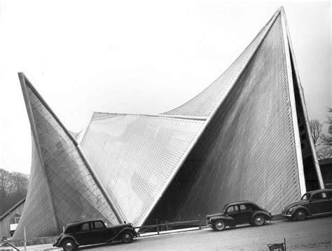 pavillon philips xenakis xenakis philips pavilion brussels belgium 1958