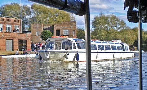 river thames boat trips oxford sightseeing tours boat hire visit oxford river cruises