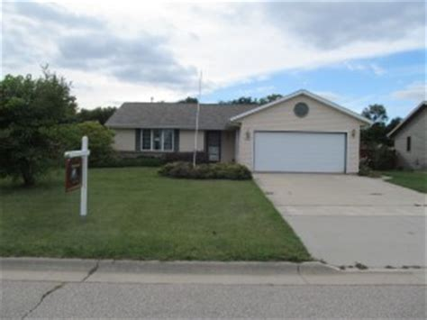 houses for sale in janesville wi foreclosure homes for sale in janesville wi