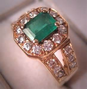 Muzo Emerald 2 48 Carat best 25 emerald rings ideas on
