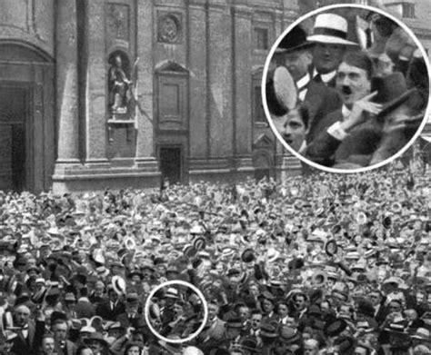 Junder Unik Antik historiens verden p 229 odeonplatz 1914