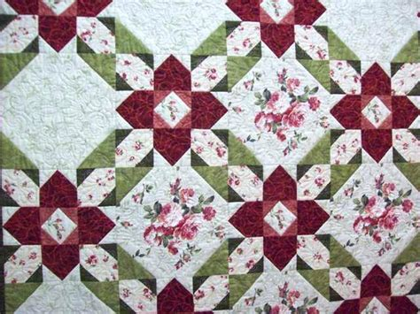 large pattern fabric quilt quilts using large scale prints quilts made with large