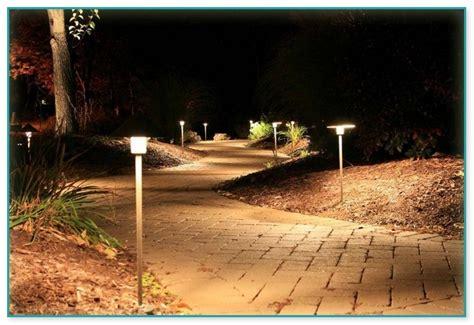 cheap landscape lighting cheap low voltage landscape lighting