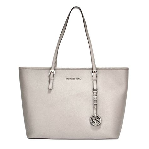 Mk Jetset Travel Pearl Grey michael michael kors jet set top zip pearl grey leather travel tote