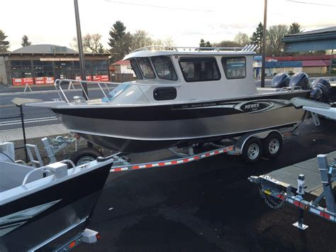 hewes boats usa 2016 hewescraft 24 pacific explorer 24 foot 2016
