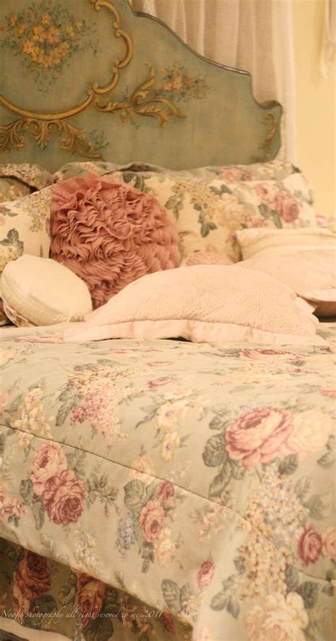 shabby chic cottage bedding 160 best cabbage images on armchairs